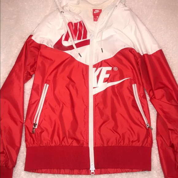 dose Registrazione infantile  Nike Jackets & Coats | Red White Windbreaker Only Worn Once | Poshmark
